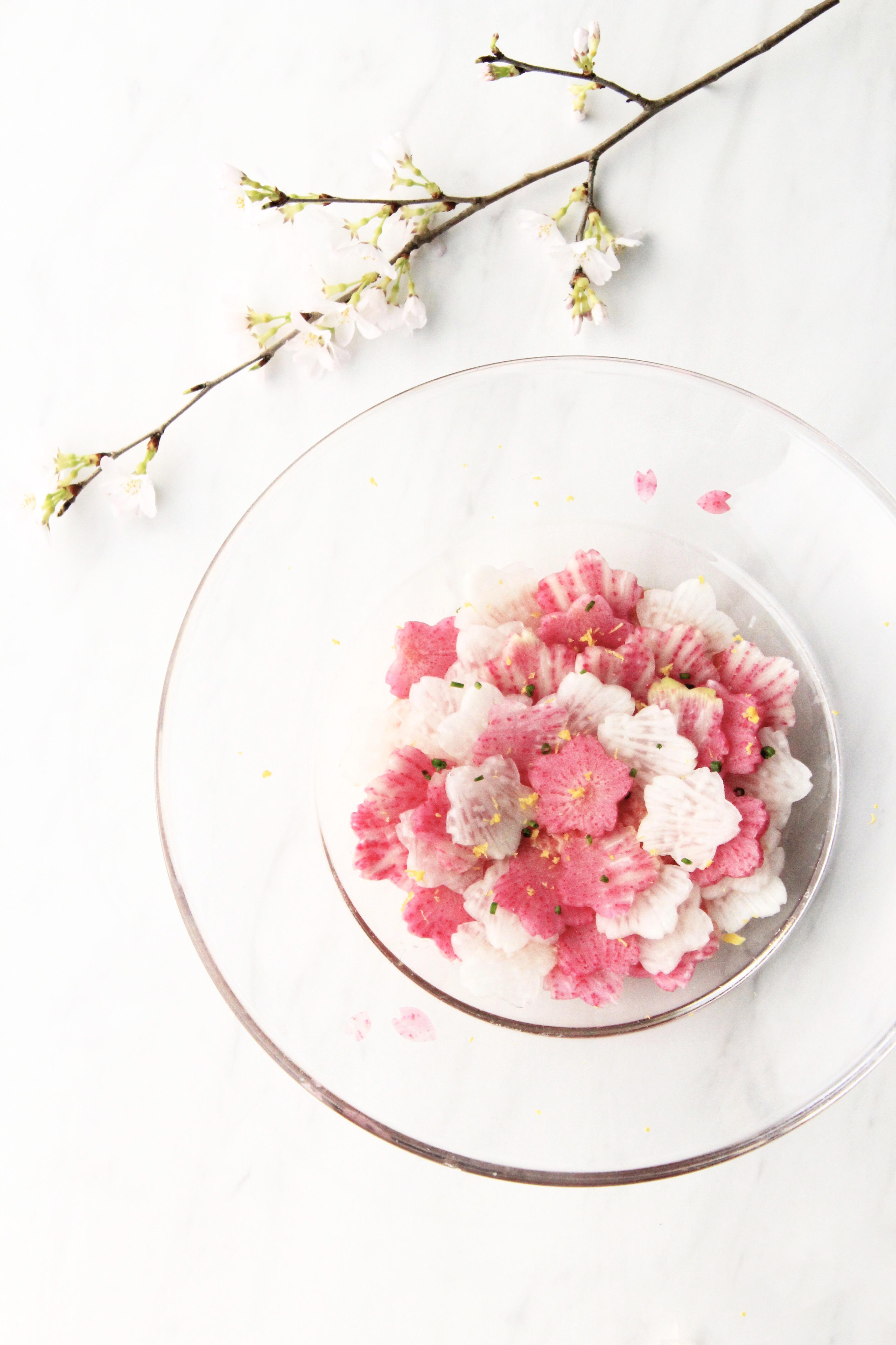 紅芯大根で桜の花