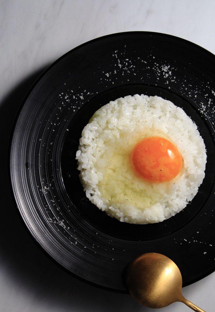 ①アイキャッチ写真 大人の卵かけご飯